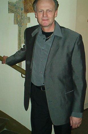 ak2003